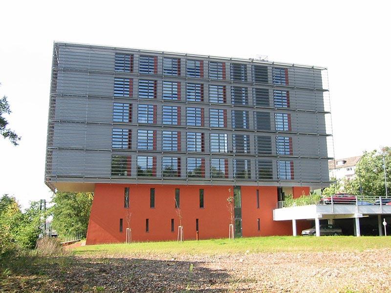 Verwaltungsgebäude der Deutschen Bahn in Saarbrücken